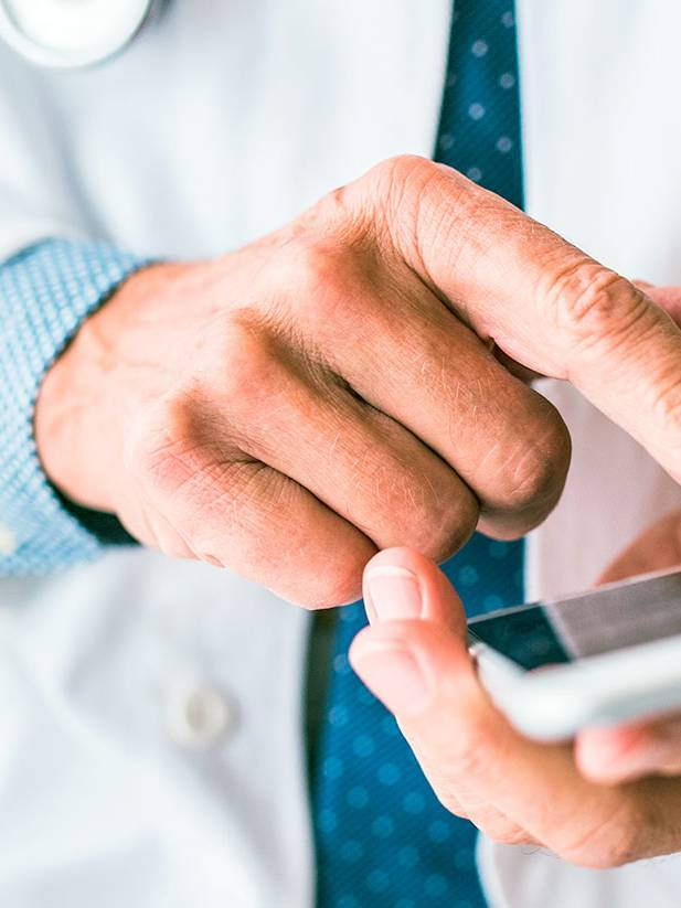 Mobile and web-based access to medical findings